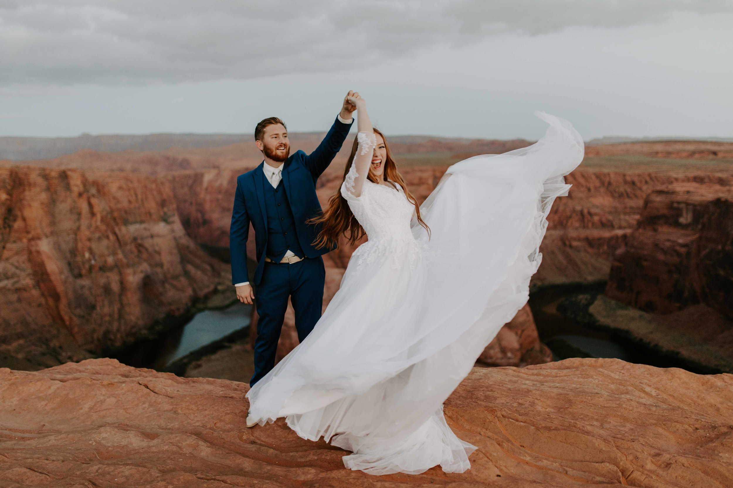 Horseshoe Bend Elopement Sunrise