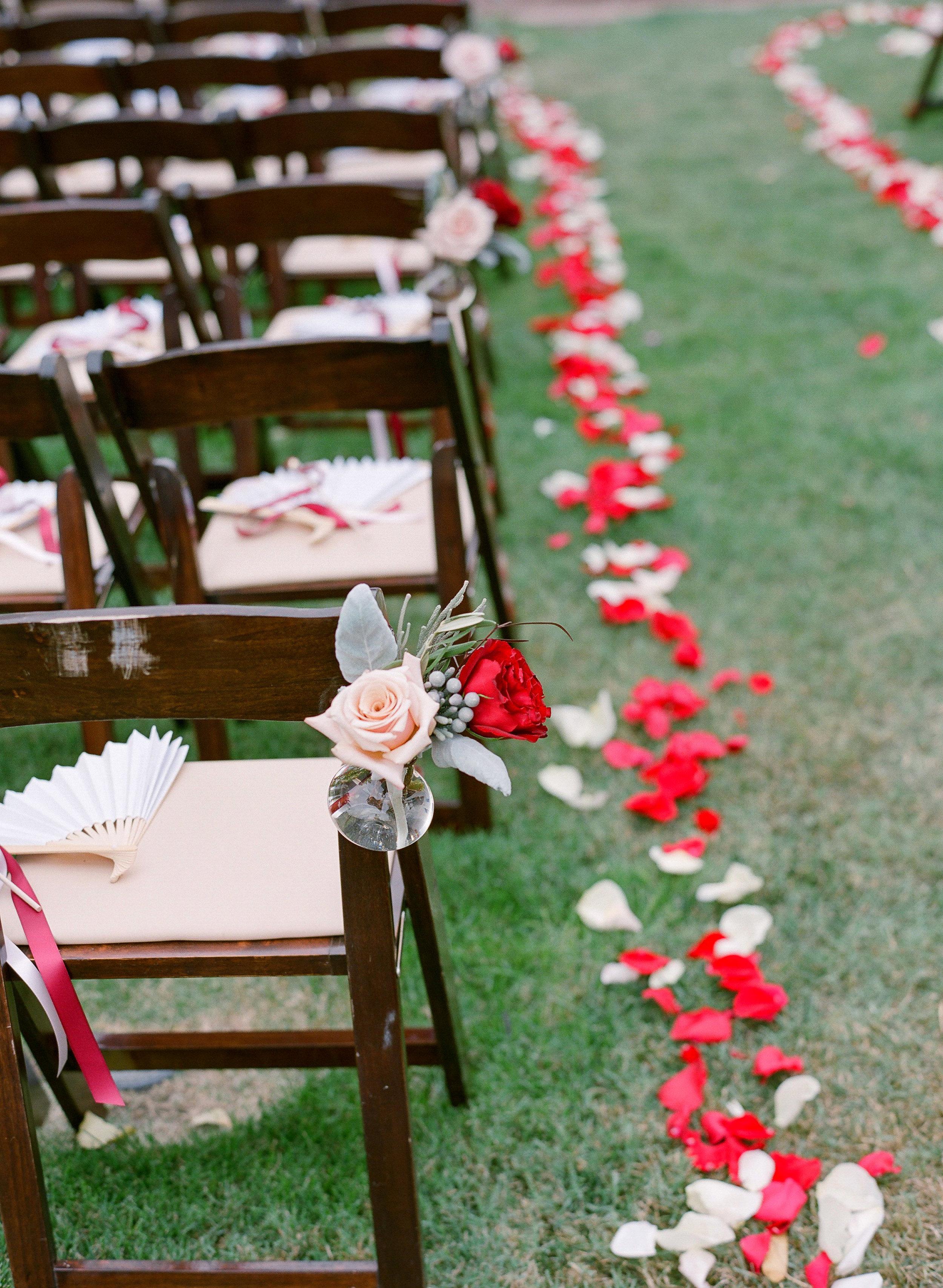 Amador_County_Wedding_Aisle_Arrangements_PetalsNorthern_California.jpg