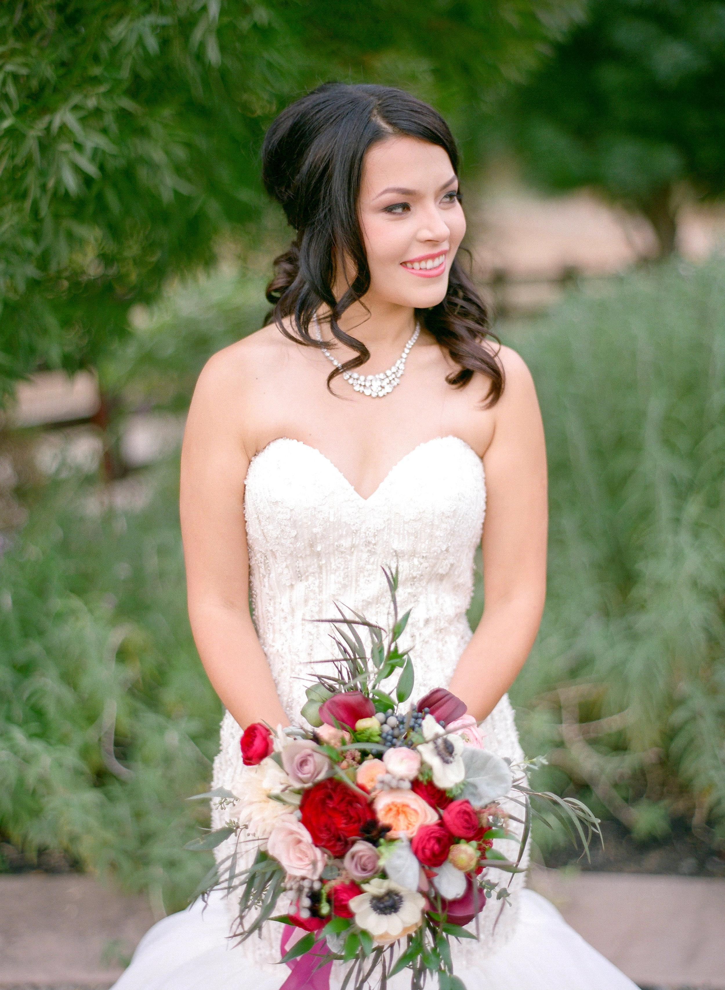 Amador_County_Wedding_Bride_Bridal_Bouquet_Burgundy_Pink_Gold_Rancho_Victoria_Vineyard_Northern_California.jpg