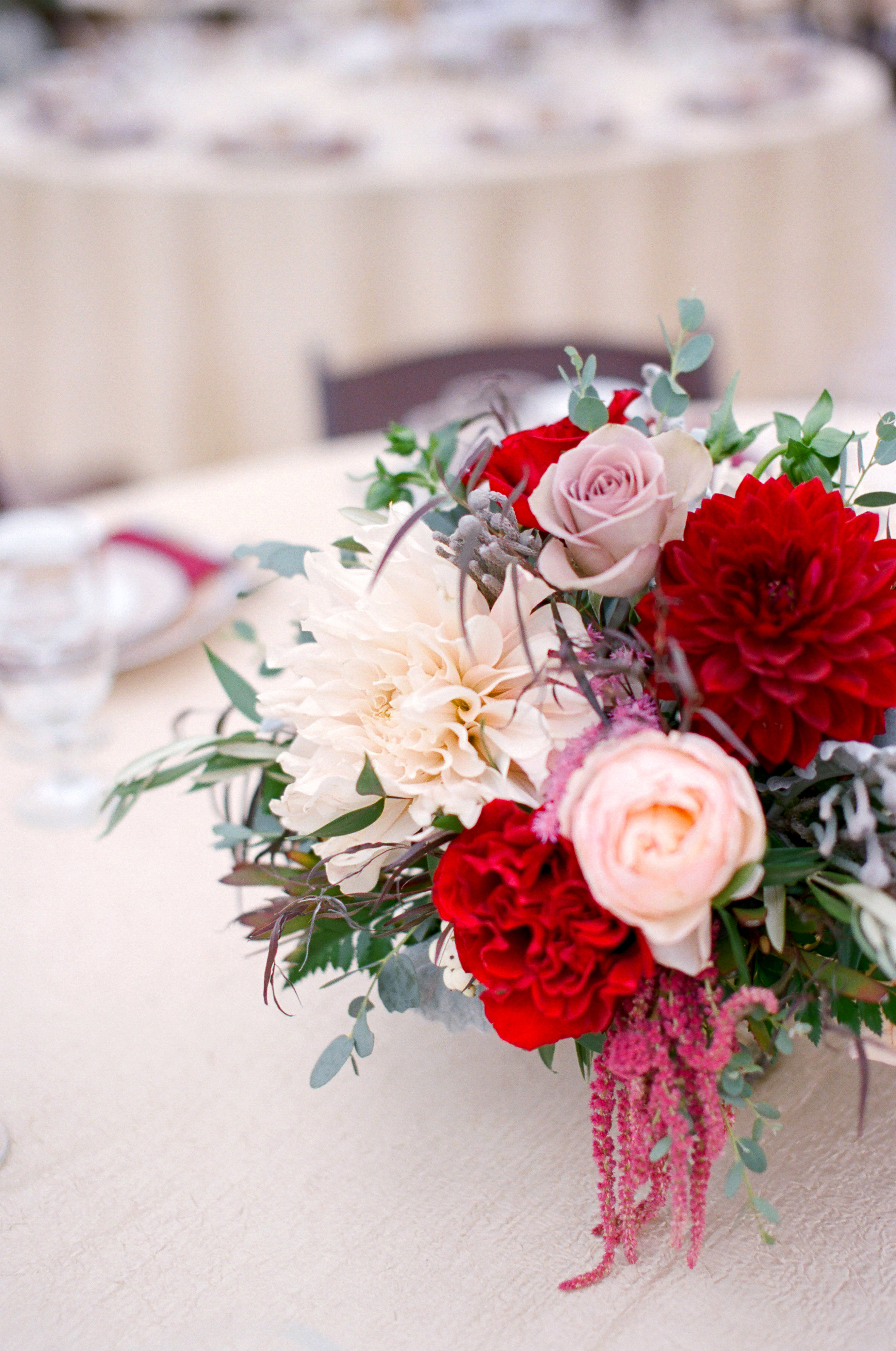 Amador_County_Wedding_Centerpiece_Burgundy_Pink_Gold_Rancho_Victoria_Vineyard_Northern_California.jpg