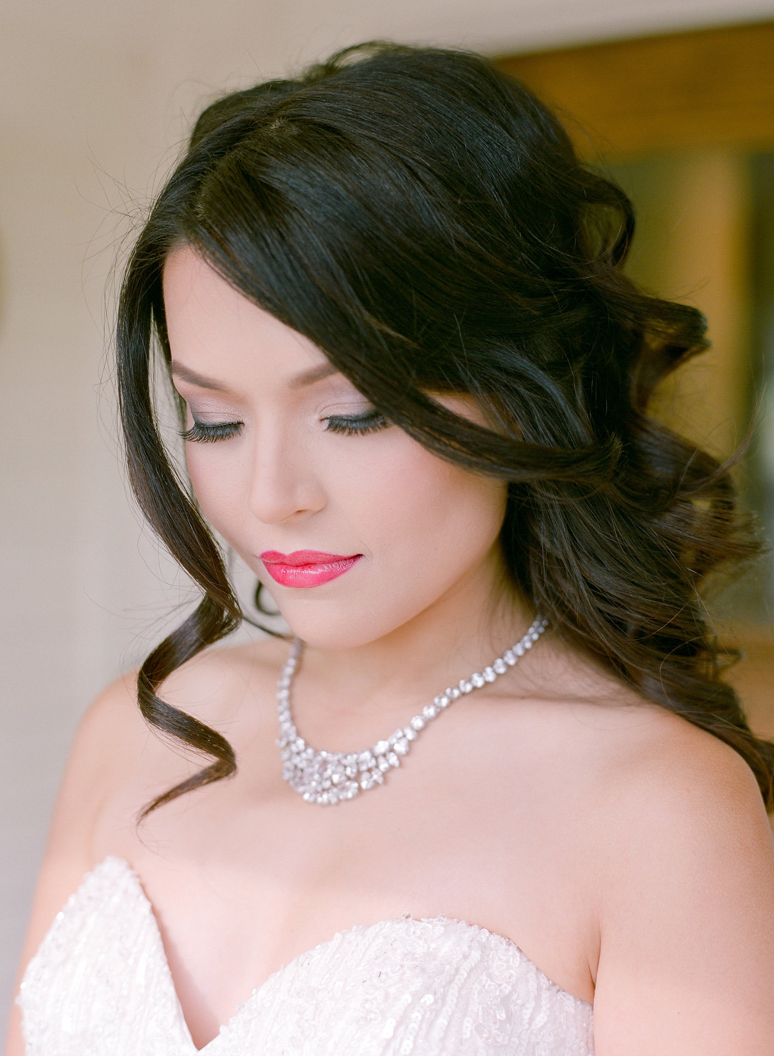 Amador_County_Wedding_Glamorous_Bride_Hair_Makeup_Jewelry_Summer_Outdoor_Evening_Rancho_Victoria_Vineyard_Northern_California.jpg