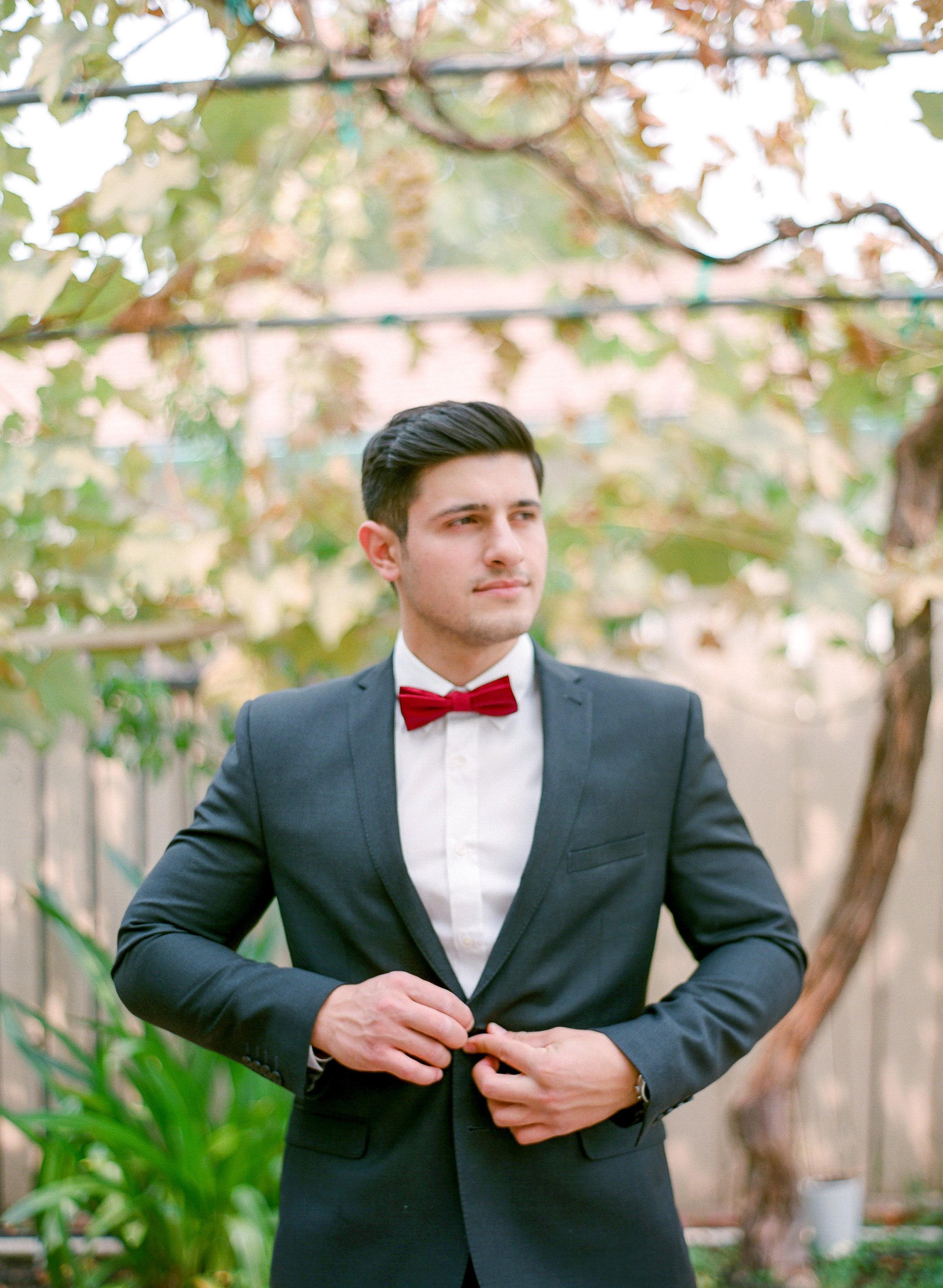 Amador_County_Wedding_Groom_Style_Rancho_Victoria_Vineyard_Northern_California.jpg