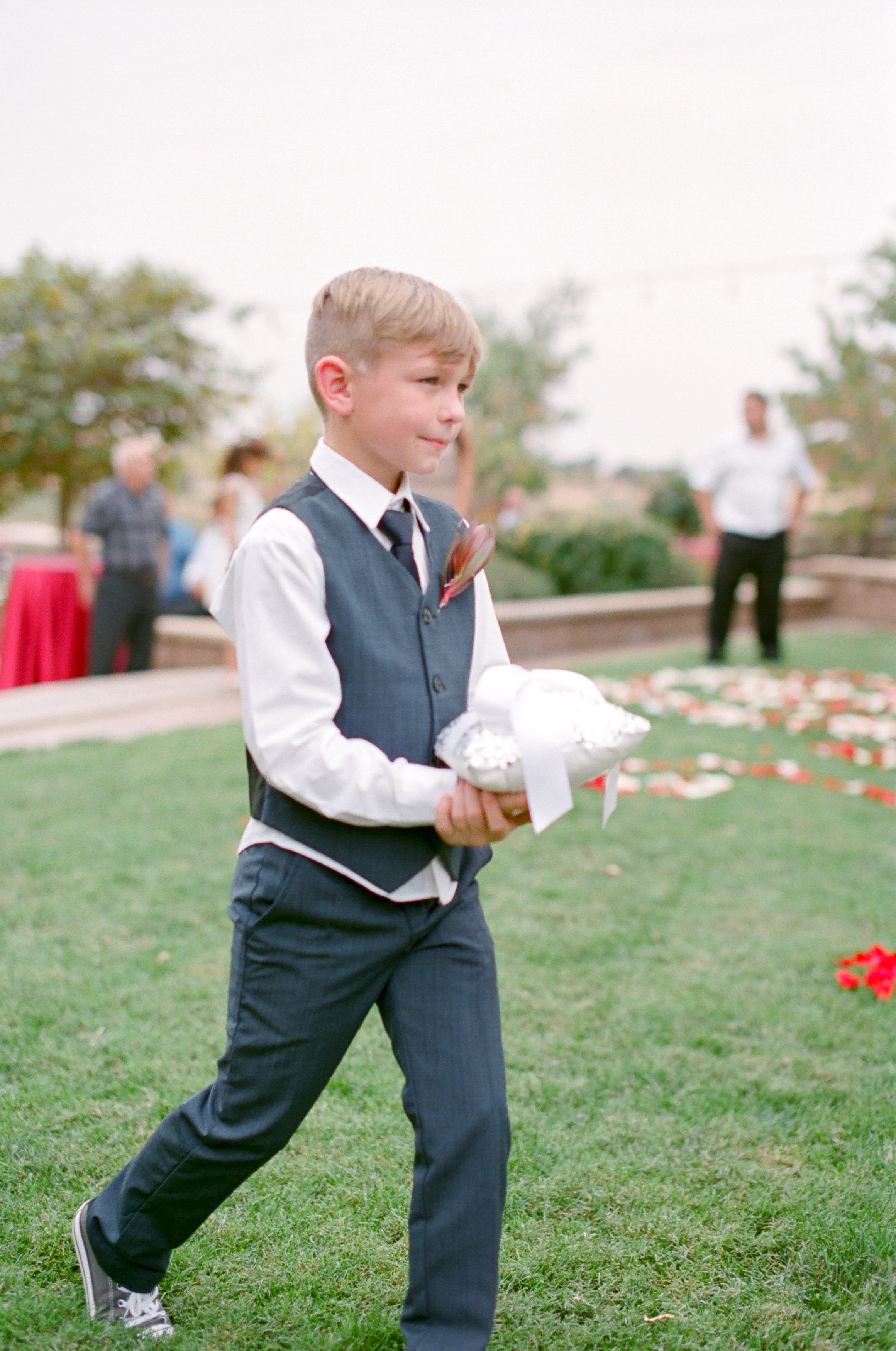 Outdoor_Summer_Evening_Party_Ring_.bearer_Rancho_Victoria_Vineyard_Northern_California.jpg