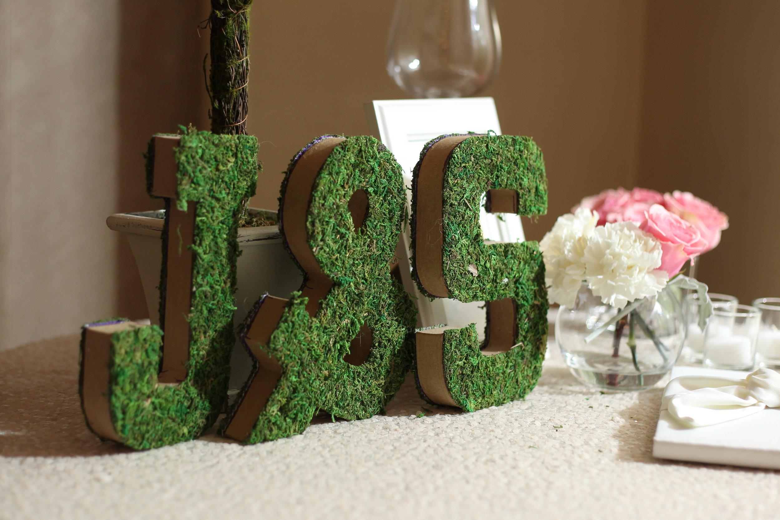 sign-in_table_arrangement_initials.JPG