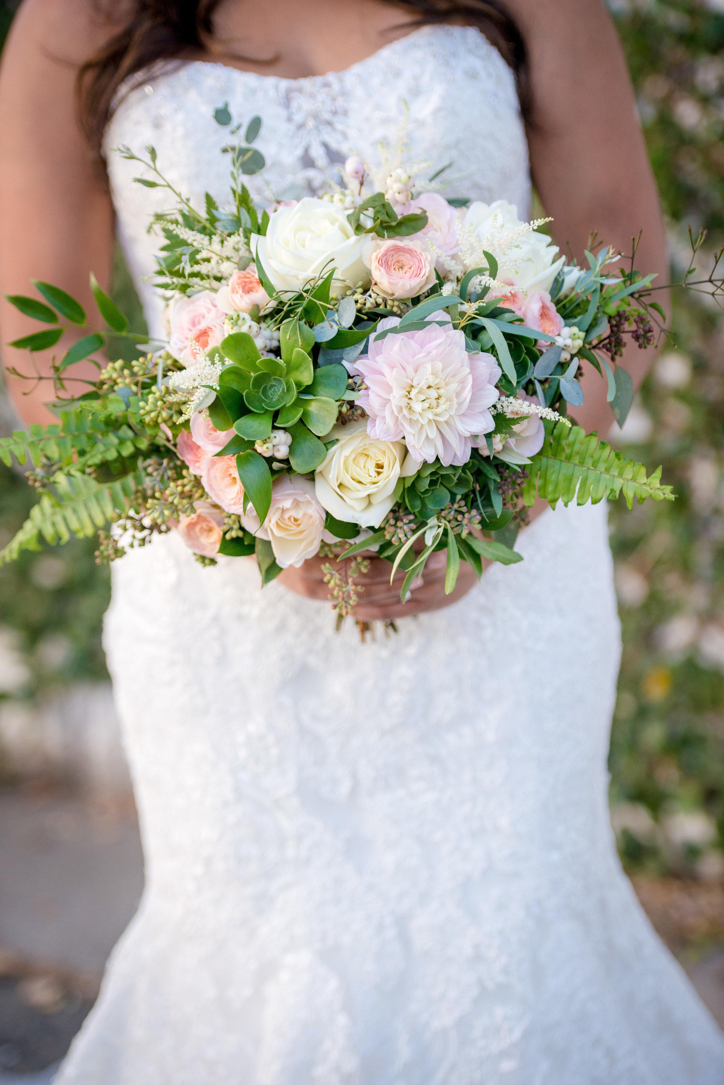 Bridal_Bouquet_Blush_Garden_Roses_Romantic_Vizcaya_Sacramento_Violette_Fleurs.jpg