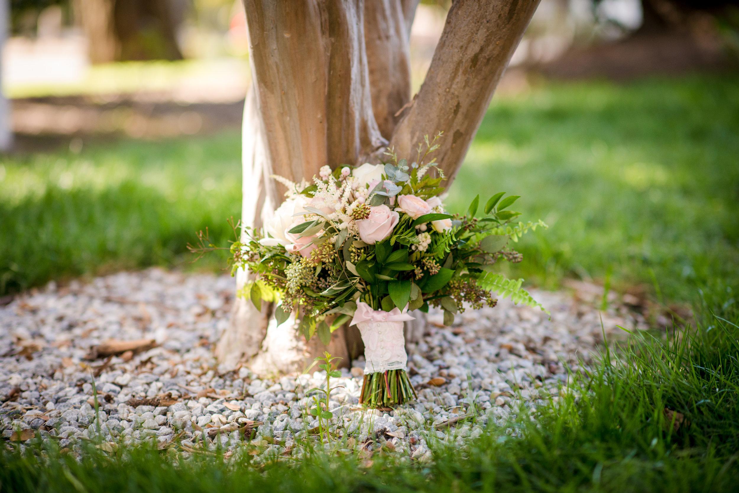 Bridal_Bouquet_Blush_Pink_Garden_Roses_Vizcaya_Sacramento_Violette_Fleurs.jpg