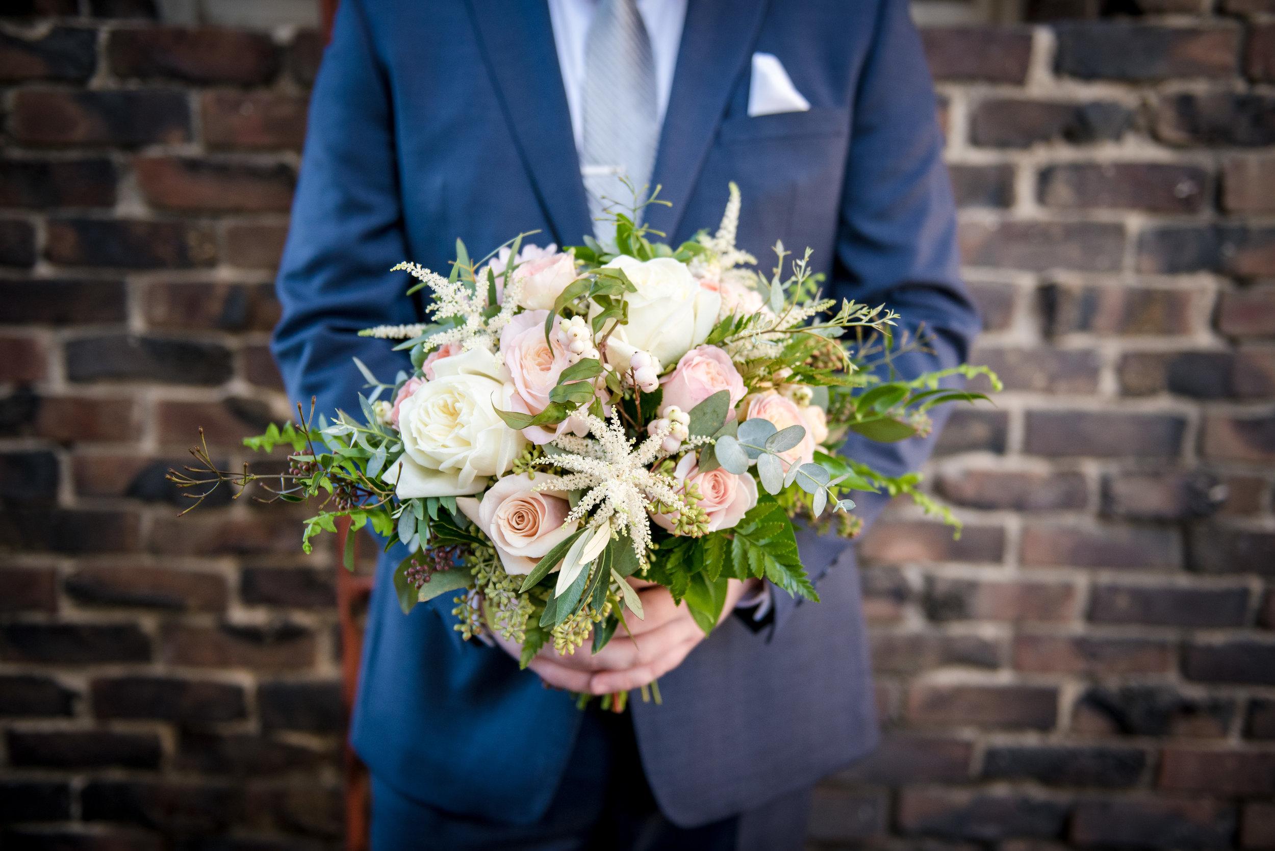 Bridal_Bouquet_Garden_Roses_Greens_Vizcaya_Sacramento_Violette_Fleurs.jpg