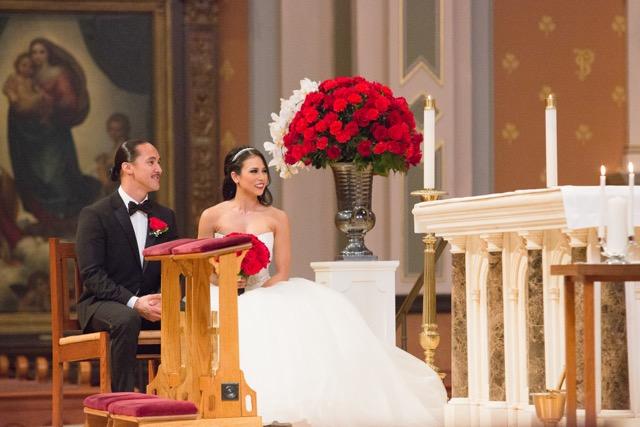 Bride_Groom_Ceremony_Stage_Arrangement_Cathedral_Of_The_Blessed_Sacrament_Sacramento_Violette_Fleurs.jpeg