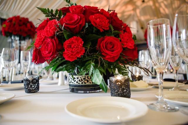 Red_Roses_Carnations_Low_Centerpiece_Citizen_Hotel_Sacramento_Violette_Fleurs.jpeg