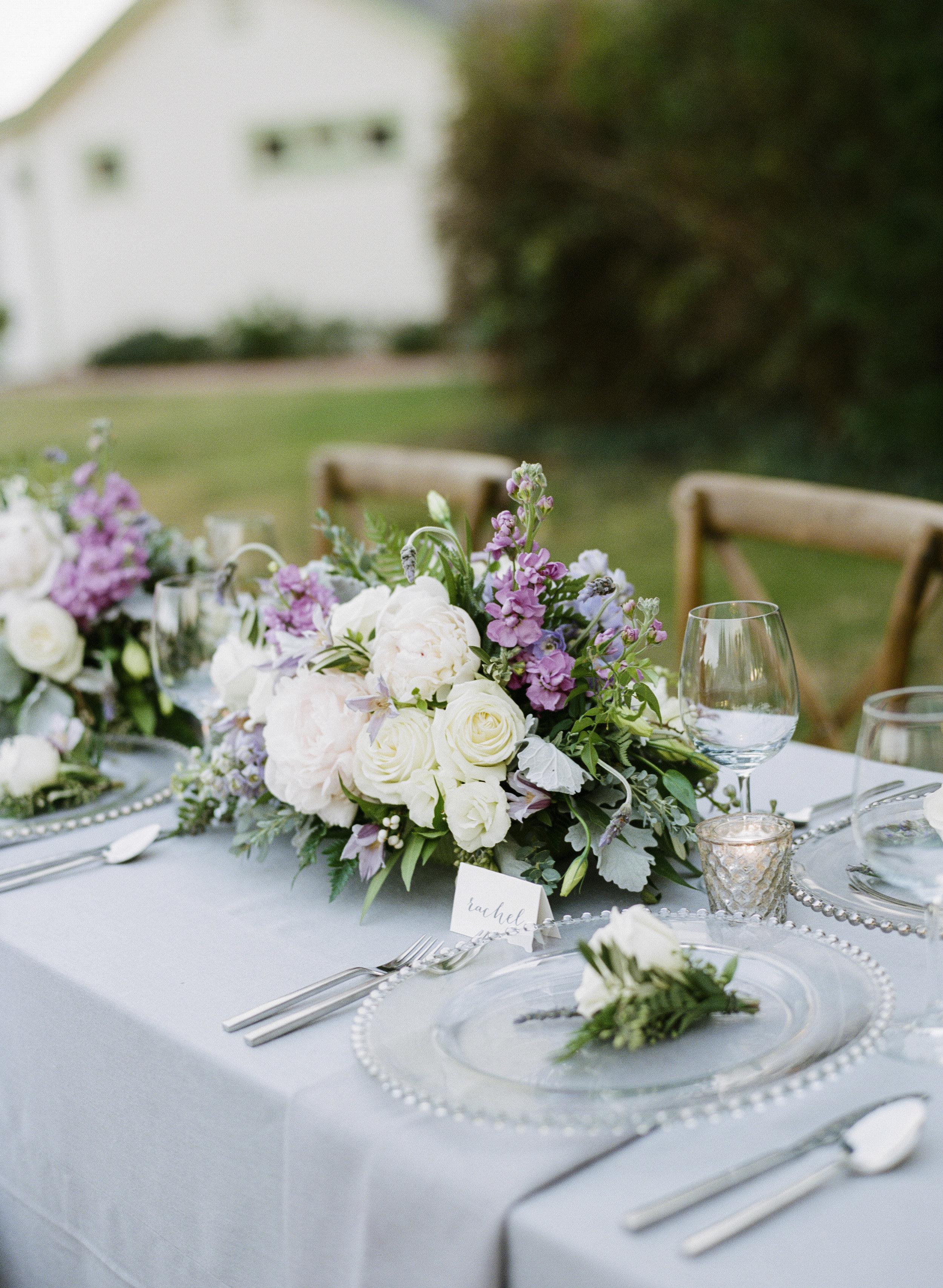 Violette-fleurs-roseville-sacramento-california-Flower-farm-inn-wedding-florist-spring-tablescape-lavenders-ivories-grays.jpg