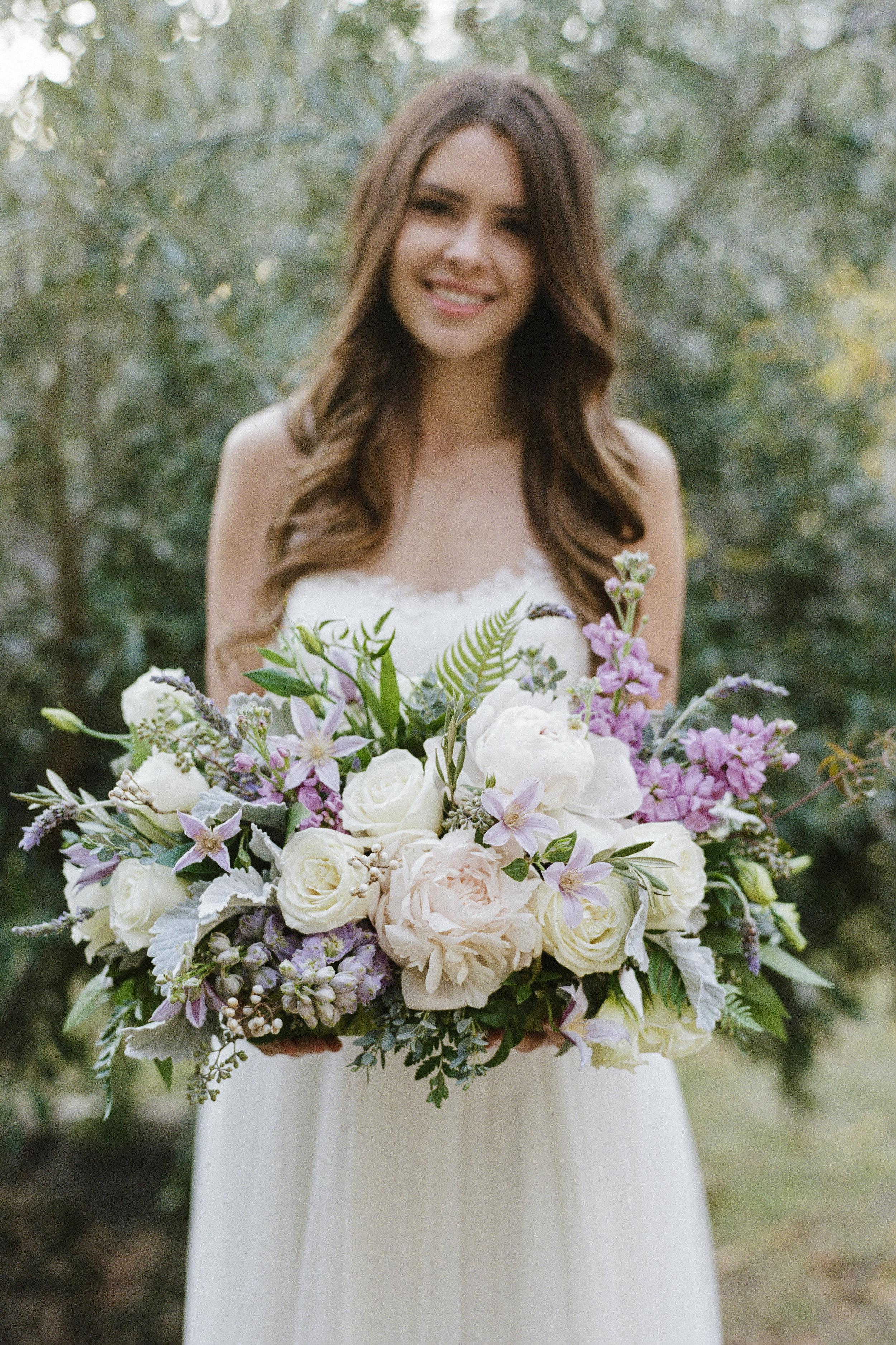 Violette-fleurs-roseville-sacramento-california-Flower-farm-inn-wedding-florist-spring-tablescape-blush-perples-lavender-ivory-bride.jpg