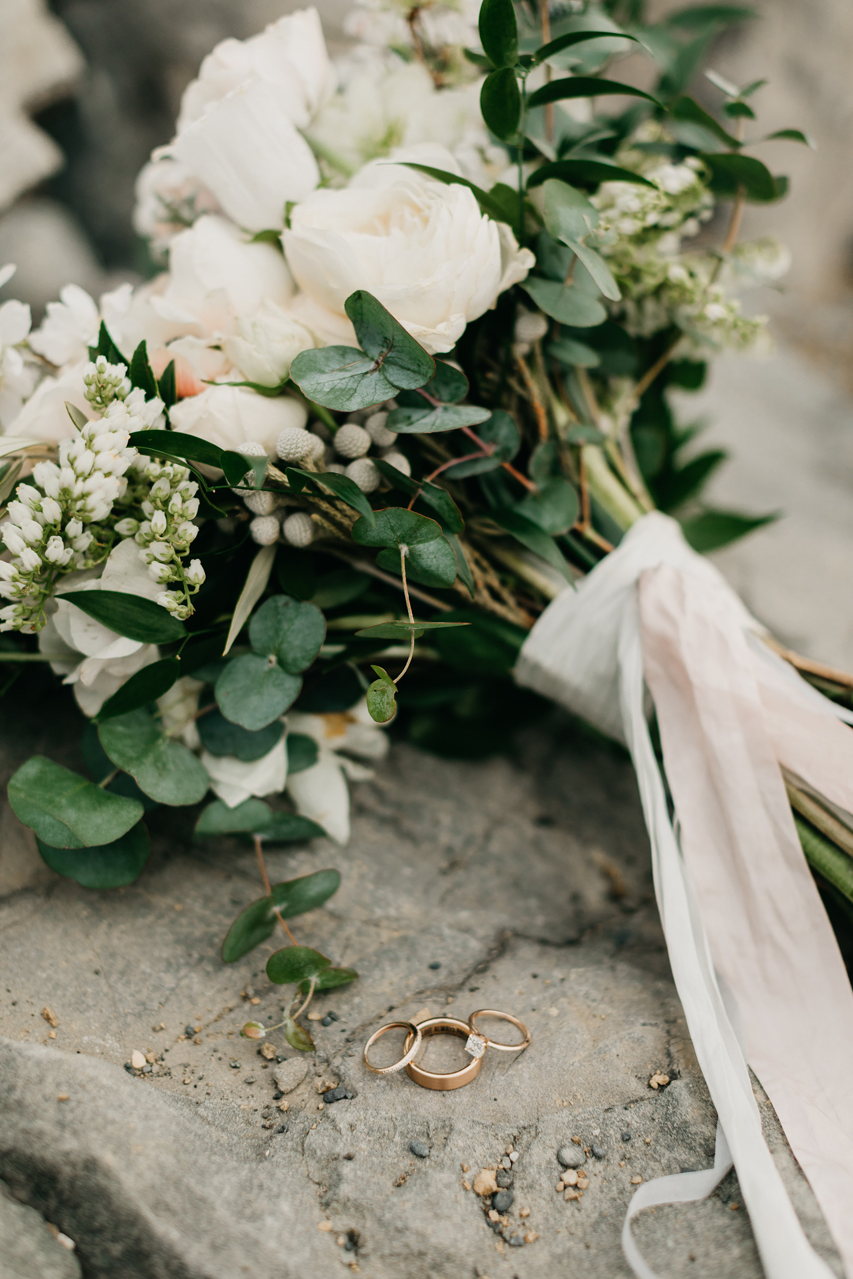 Violette-fleurs-event-design-roseville-Nelli-noel-photography-the-falls-event-center-Lush-bride-bouquet-whimsical-details.jpg