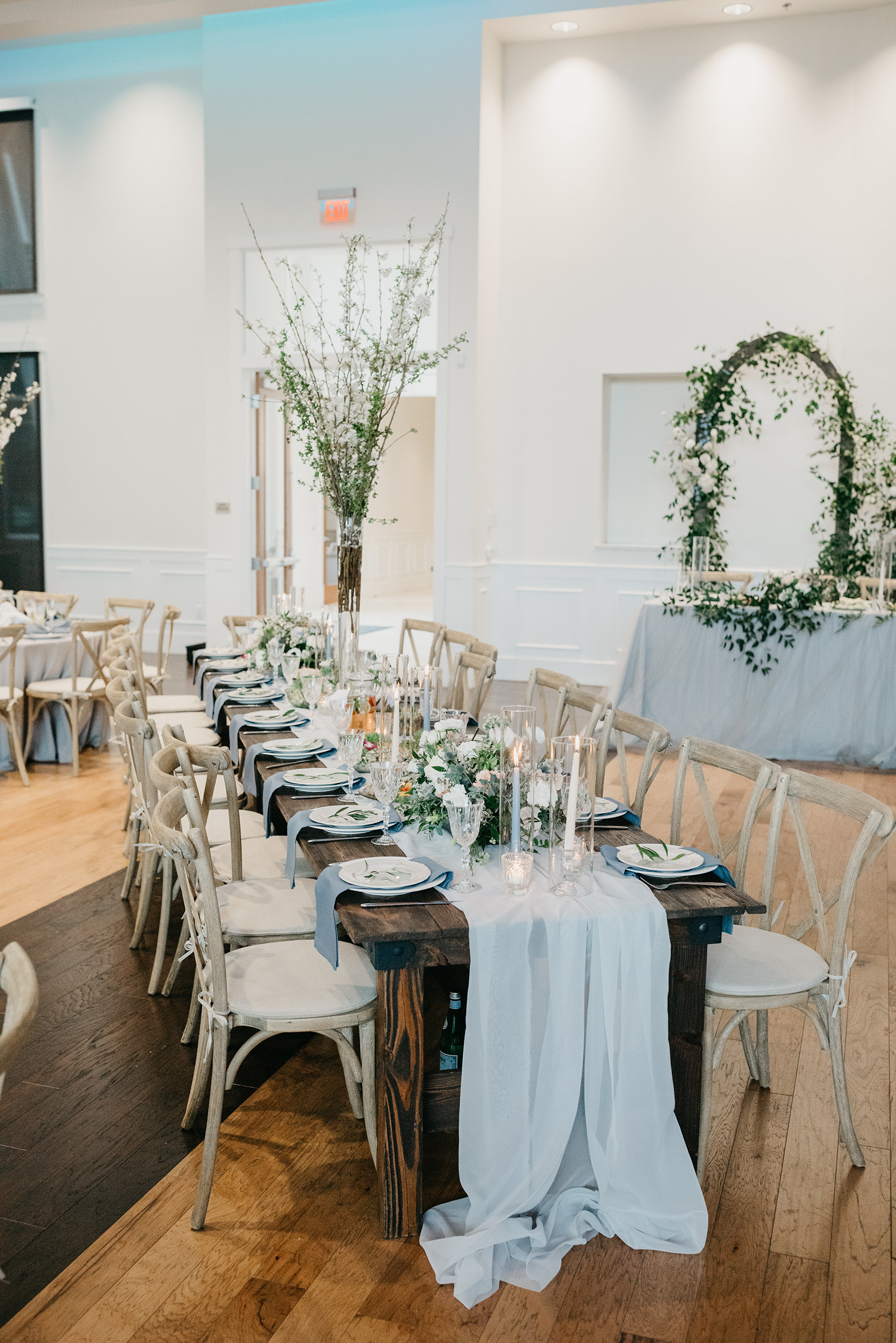 Violette-fleurs-event-design-roseville-Nelli-noel-photography-the-falls-event-center-Curated-Beautiful-Decor-branches-reception.jpg