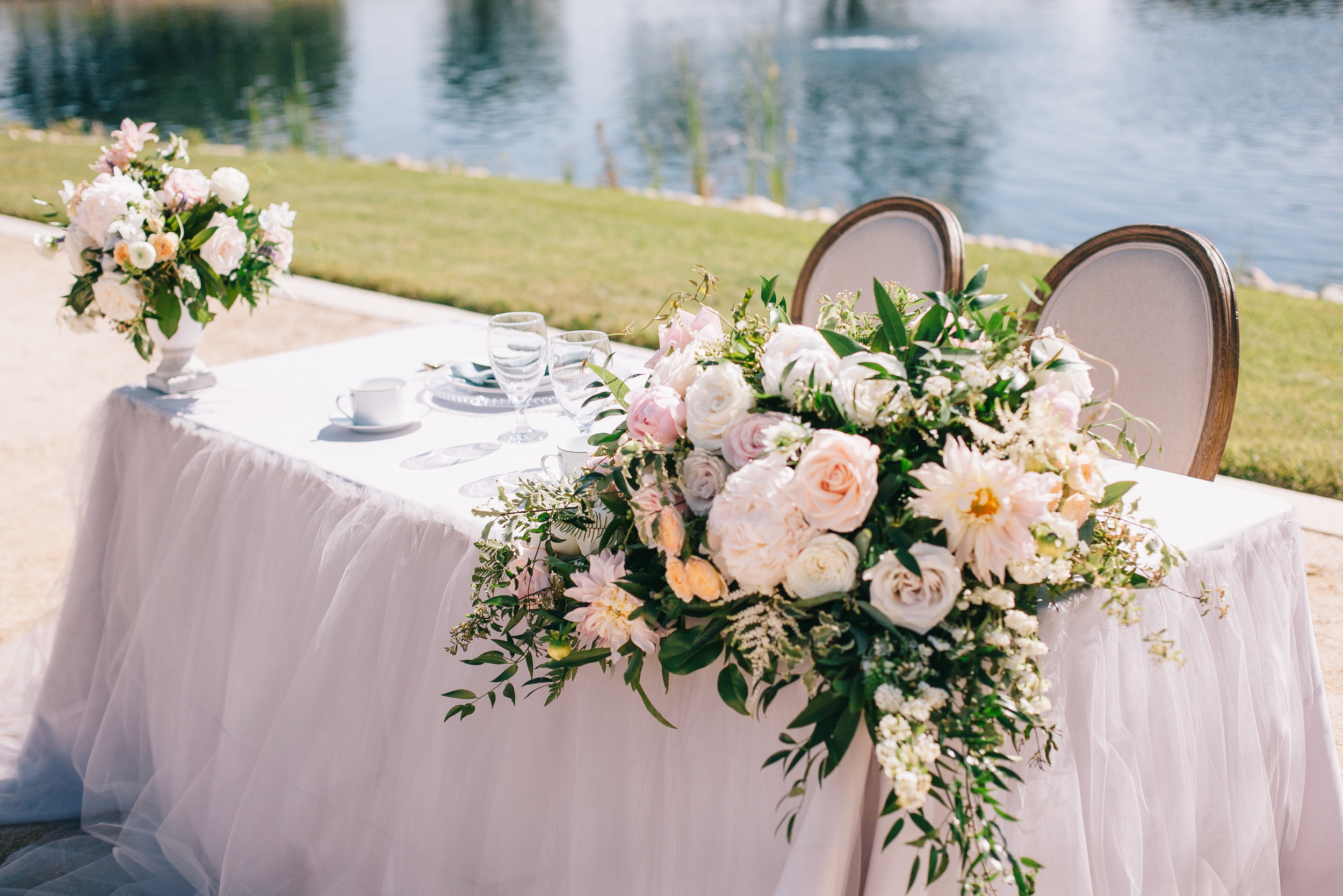 Violette-fleurs-event-design-roseville-anna-perevertaylo-rancho-robles-vinyards-Detail-Destination-Wedding-Design-Blush-sweetheart-table.jpg