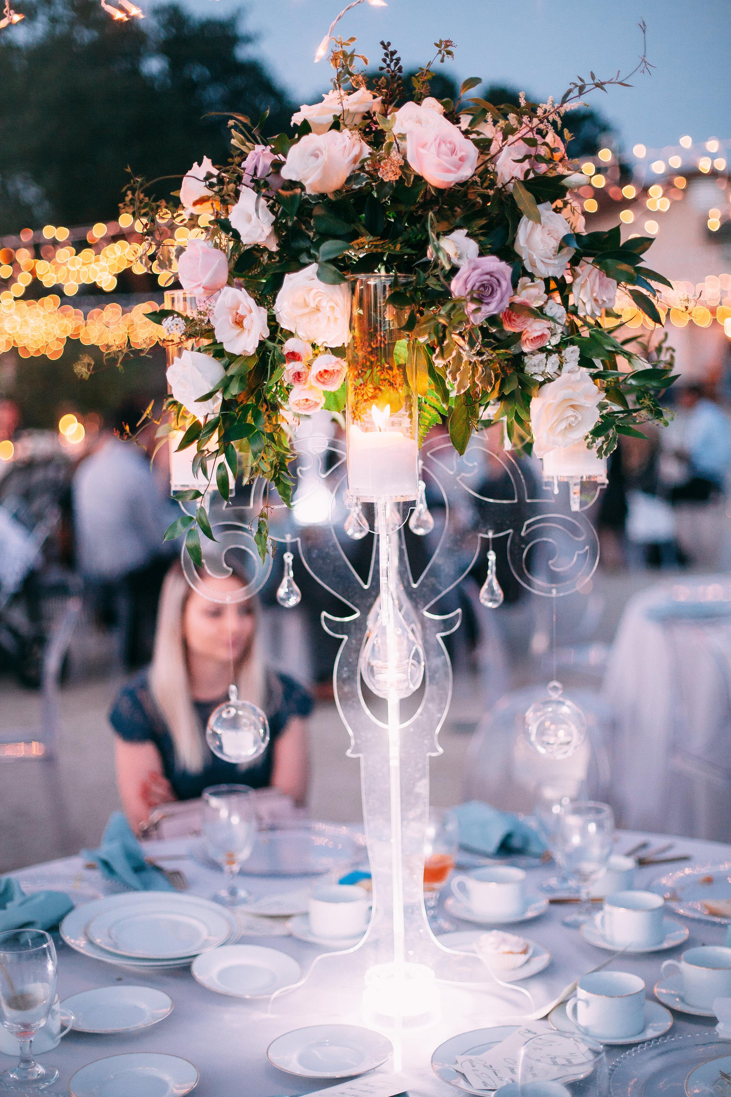 Violette-fleurs-event-design-roseville-anna-perevertaylo-rancho-robles-vinyards-Detail-Classic-Beautiful-Bliss-centerpiece-clear-acrylic.jpg
