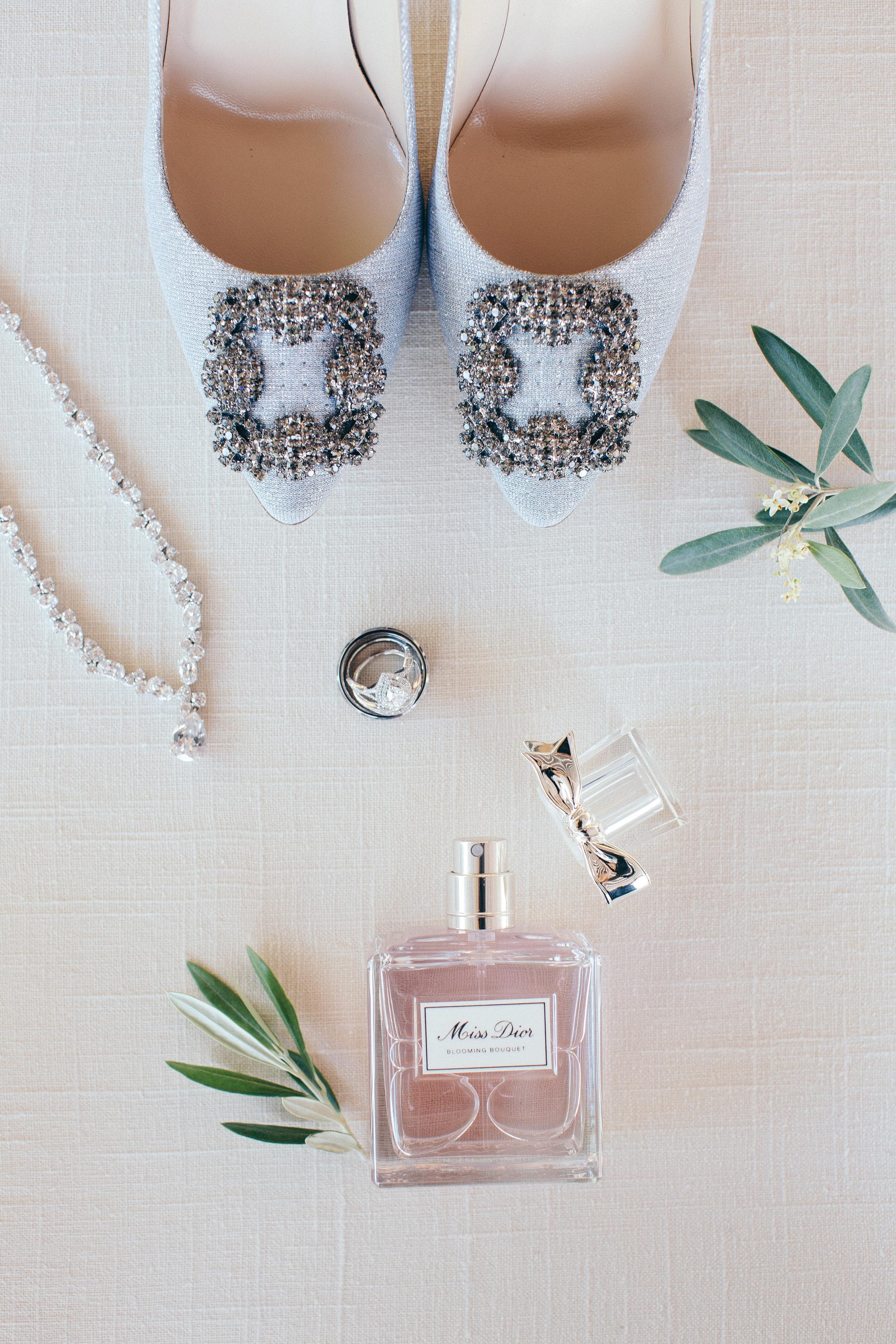 Violette-fleurs-anna-perevertaylo-White-Blush-elegant-flowers-for-wedding-decor-upscale-design-roseville-sacramento-california-rancho-robles-vinyards-lincoln-elegant-luxury-details-perfume-blush.jpg