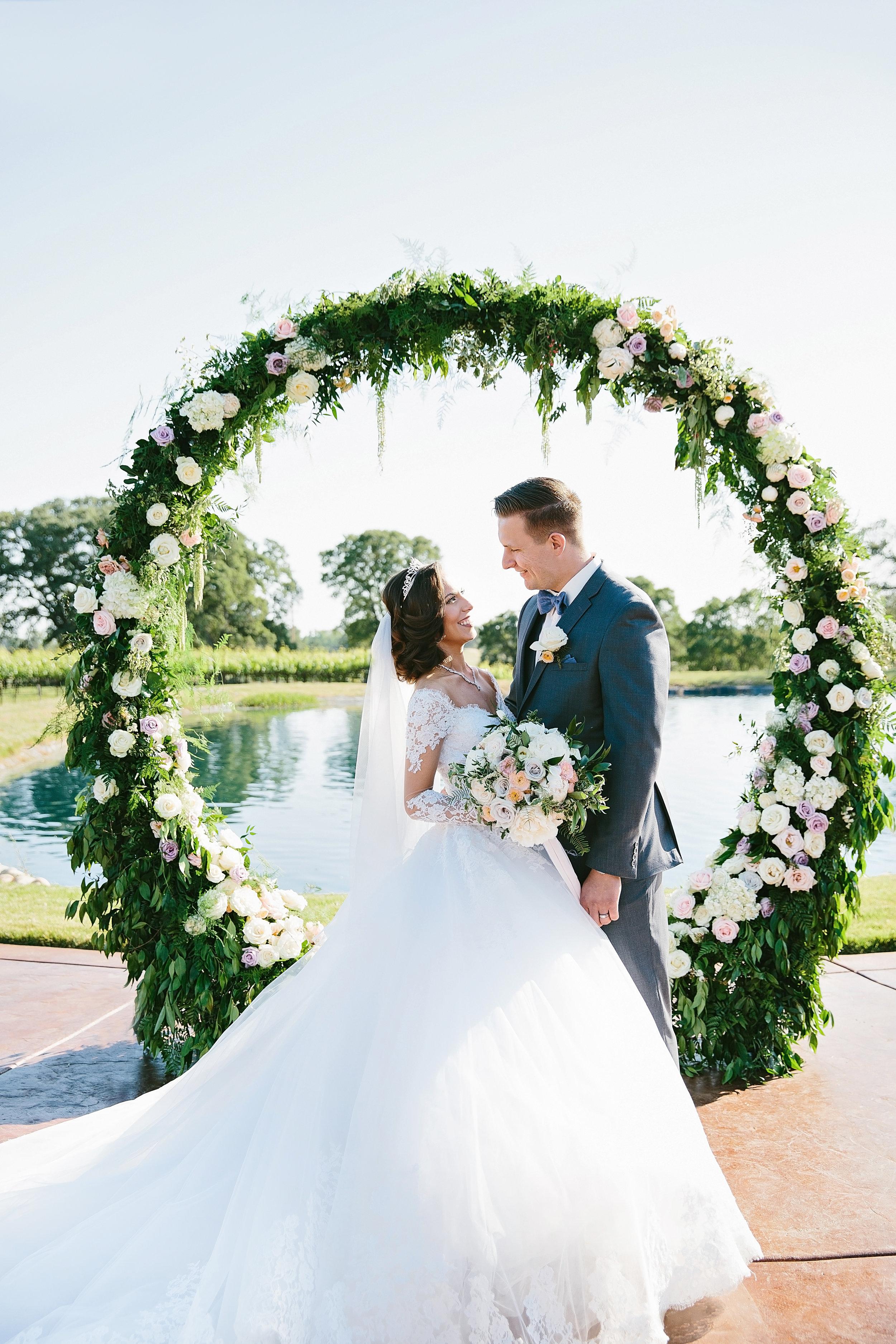 Violette-fleurs-event-design-roseville-anna-perevertaylo-rancho-robles-vinyards-Beautiful-Flowers-Destination-Elegant-Classic-Blush-Decor-ceremony.jpg