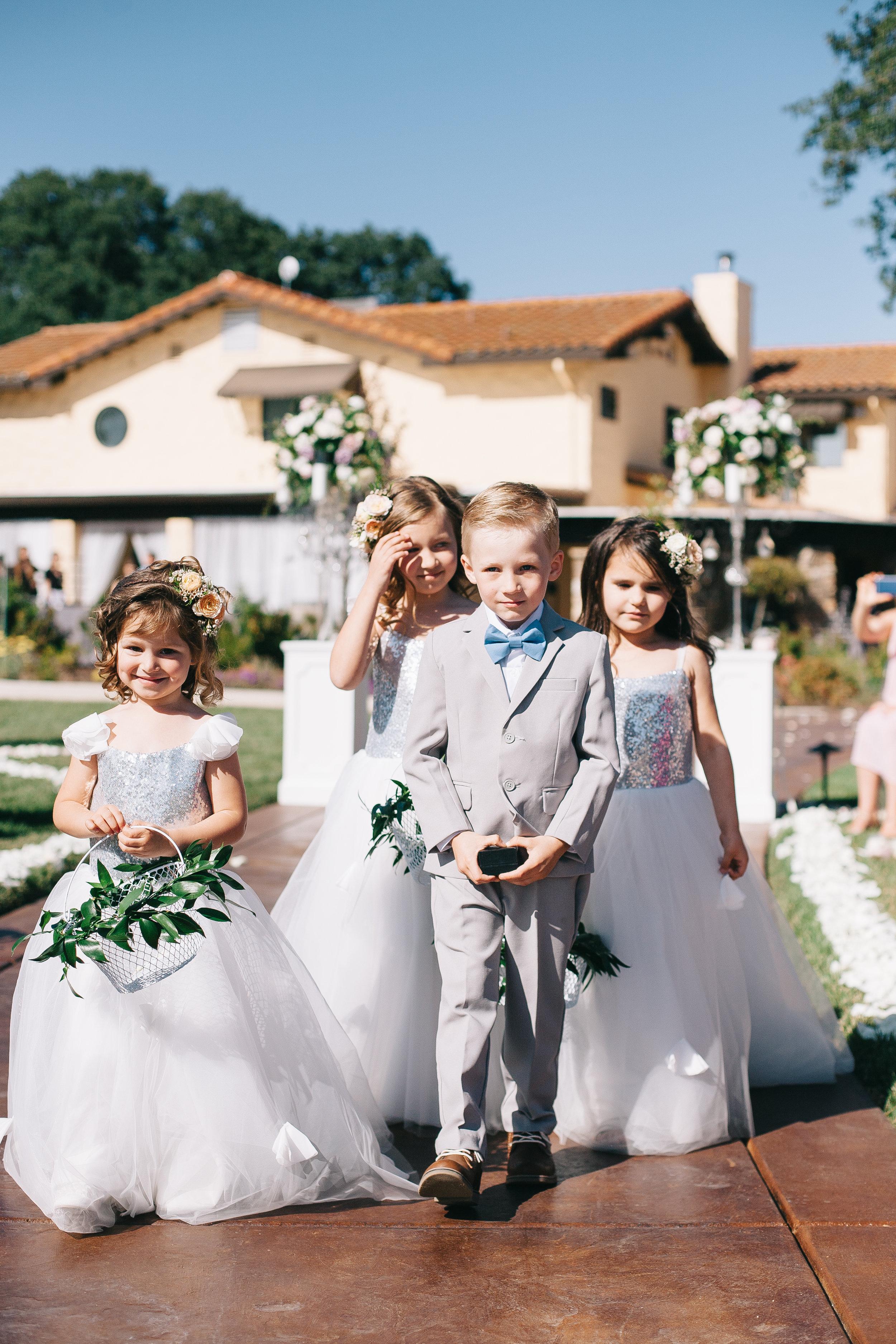 Violette-fleurs-event-design-roseville-anna-perevertaylo-rancho-robles-vinyards-Detail-Bride-groom-Flowers-Decor.jpg
