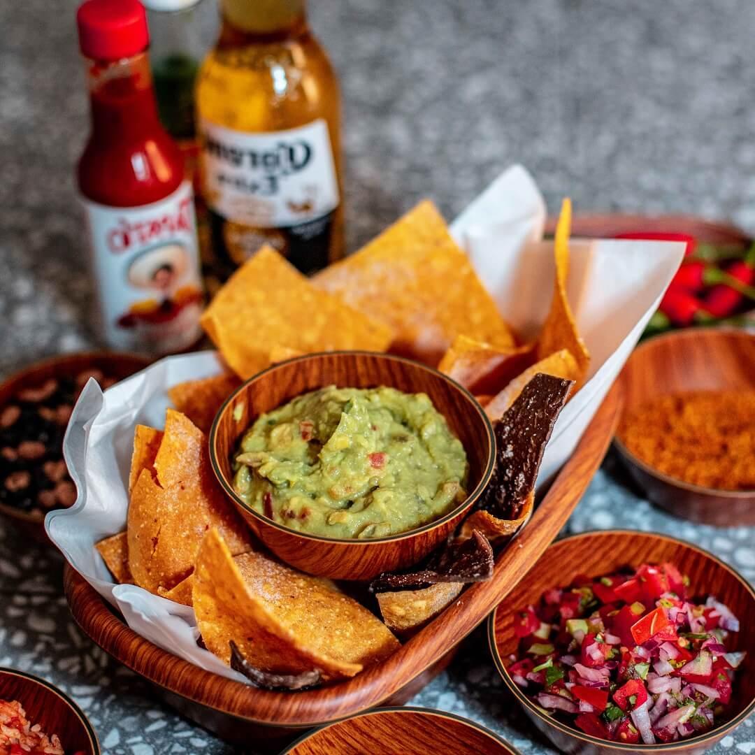 nachos and chilli.jpg