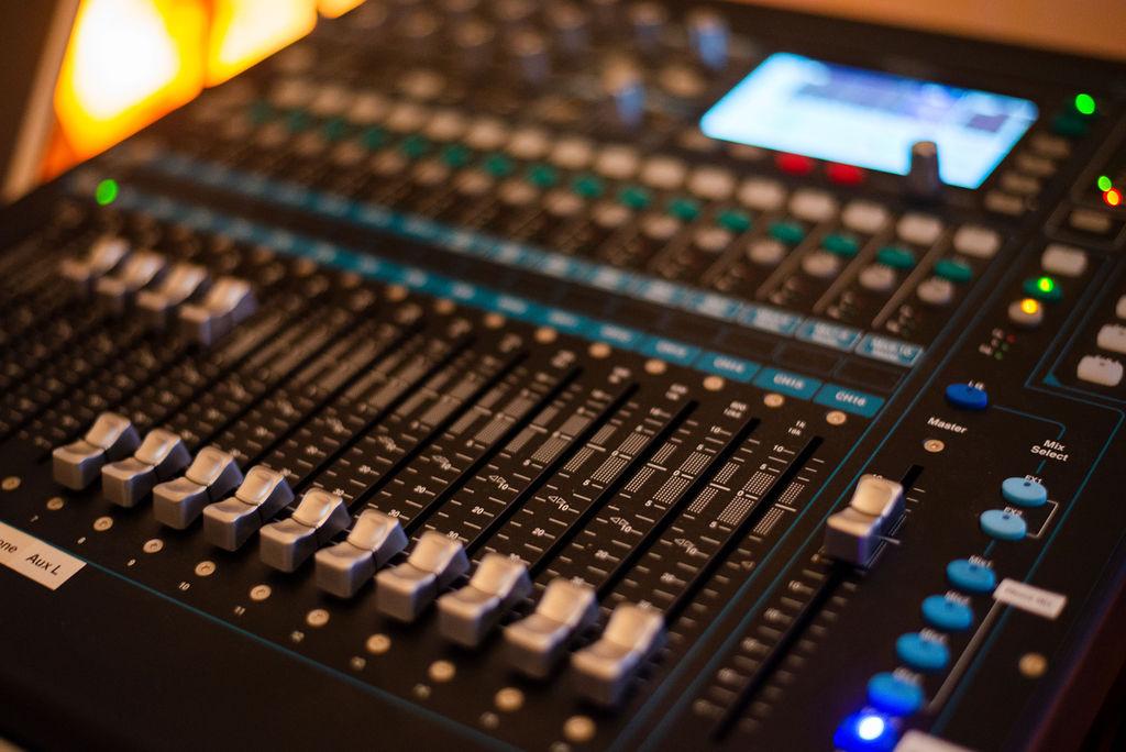 Equipment/Studio Consultation