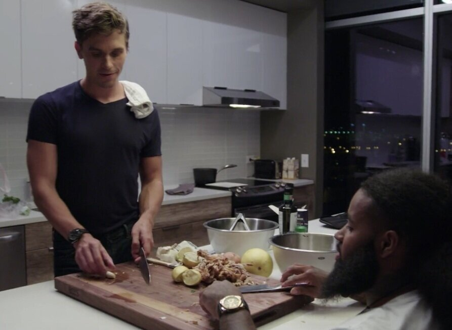 Antoni teaching me some pro cooking tips. Image courtesy of  Netflix