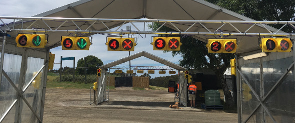 falls-festival-traffic-lights-2017-banner.jpg
