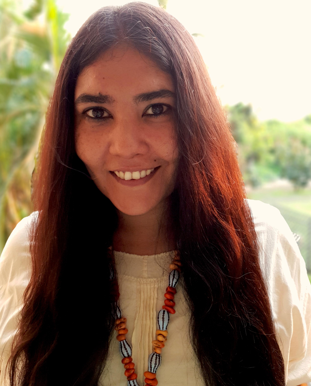 Naina Sen Headshot.jpg