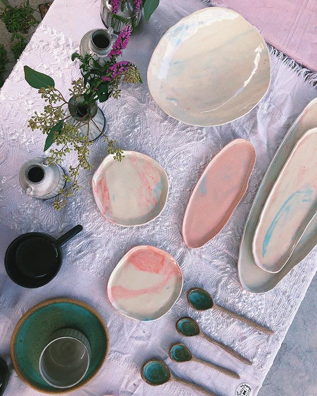 🌿🌺 holding summer's last hurrah this Sunday, 9/8 at @bkflea in Dumbo. Will have a tent full of ceramics and art and vintage at Mosco Summer Shop's last stand (hah) 🌟