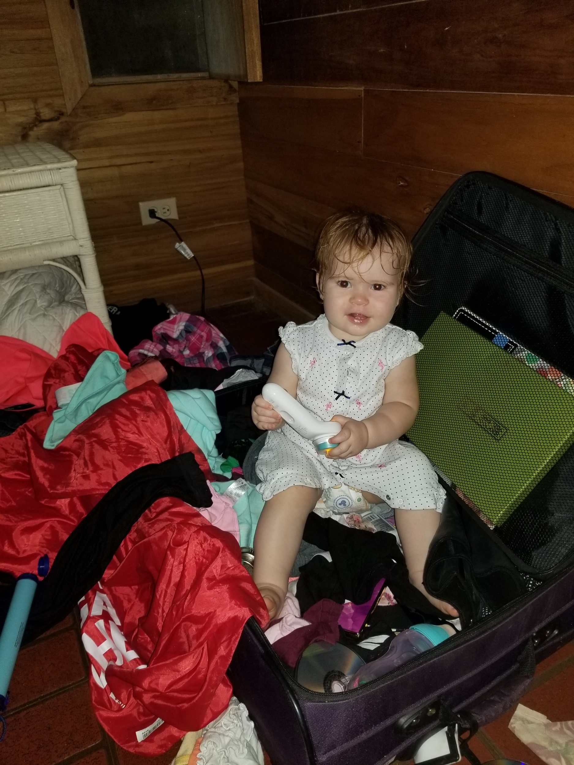 What it's really like travelling with a toddler 😜, but she was having fun and I didn't want to burst her bubble. I did however ensure there was no scorpions in our luggage before I let her continue on playing.