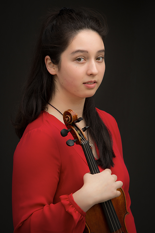 Emmalena Huning - Violin - MetSO's young violin star.Congratulations to Emmalena on herRoyal Academy of Music Scholarship