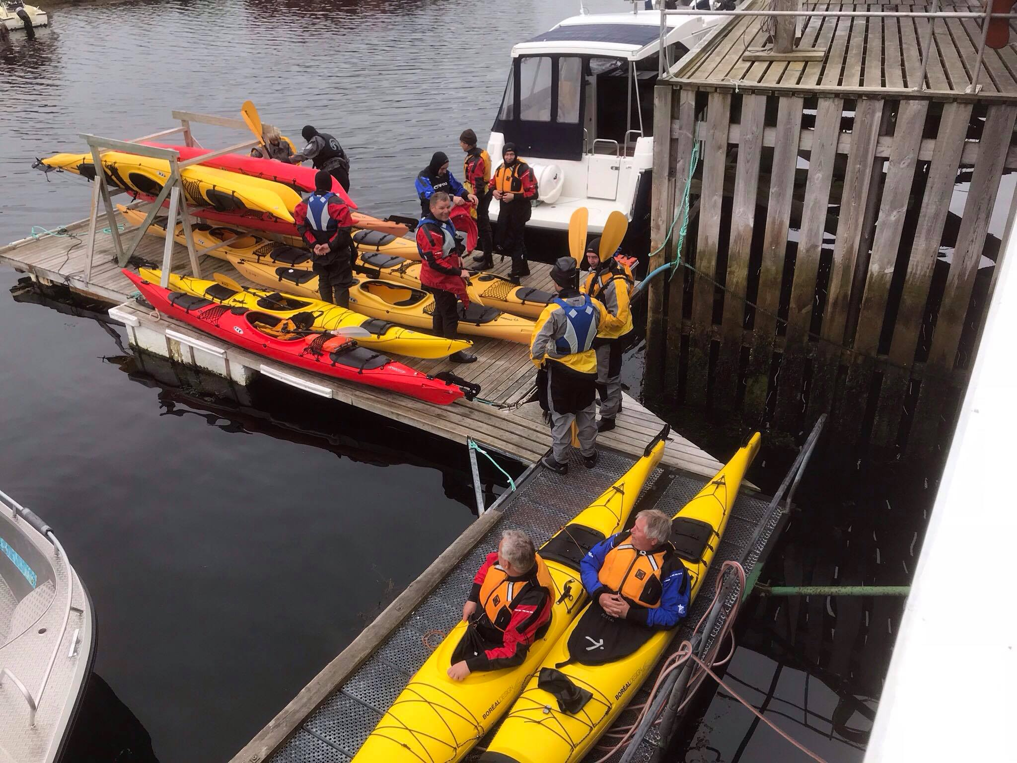 Kayak course - We offer introductory courses to kayaking. The course takes 3 hours and takes place in the area around Nes. The fee is 1100 NOK and includes a drysuit to use during the course.