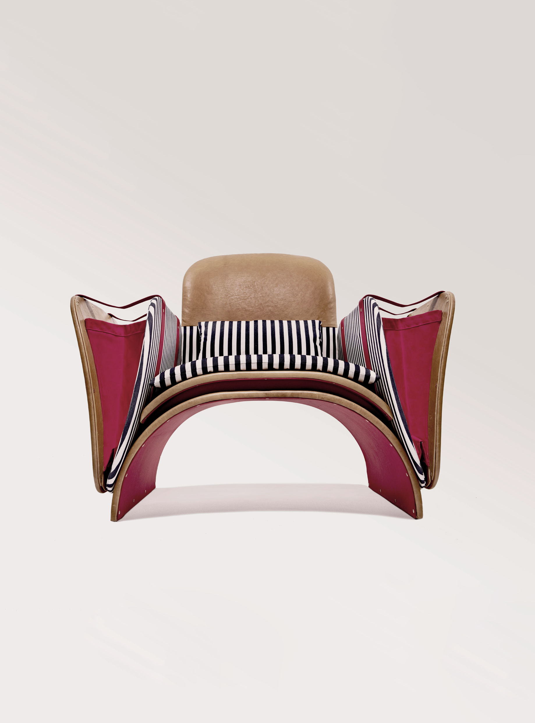 Federico Peri_Il Bisonte MDW18_Saddle armchair©Giuseppe d'Alonzo_LOW copie.jpg