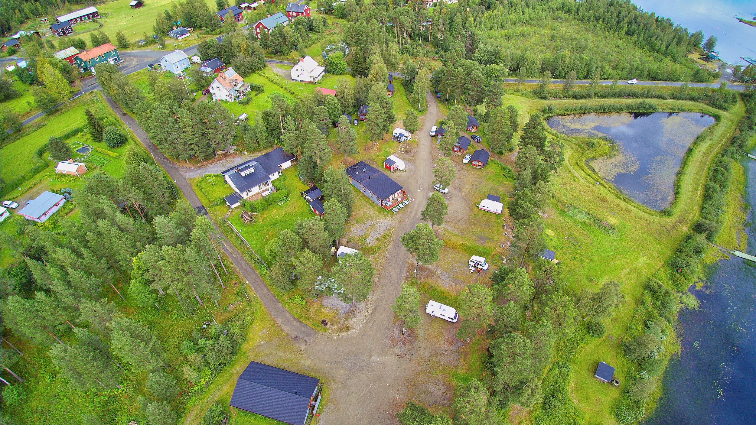 Flygfoto Sonfjällcampen 2016-08-09 (3).jpeg