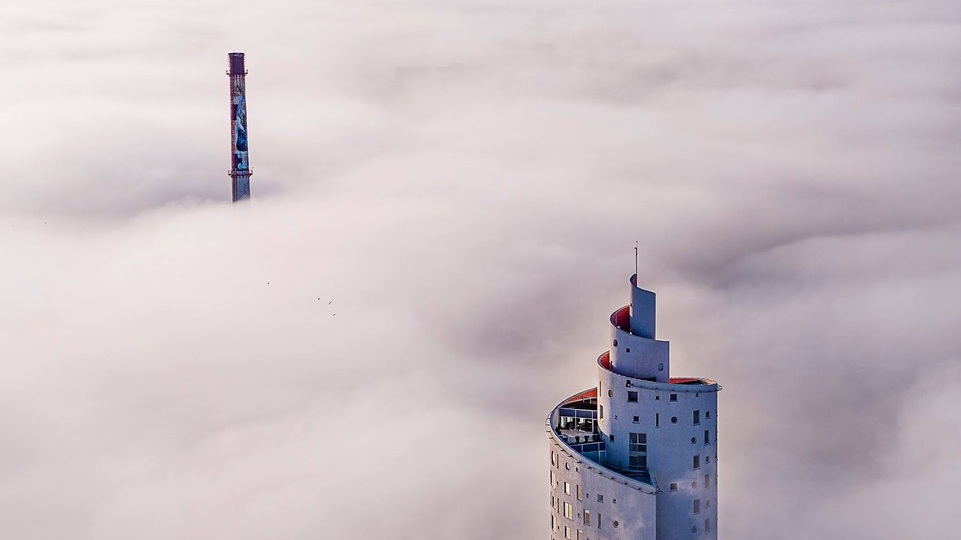 Photo: Tarmo Haud  above the clouds in Tartu