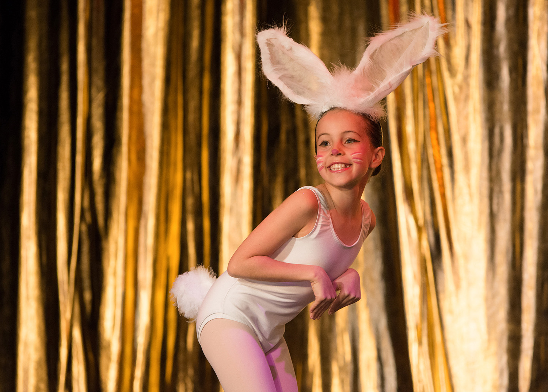 Ballet School London Show Swan Lake 10.jpg