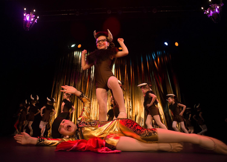 Ballet School London Show Swan Lake 8.jpg