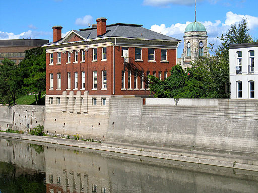 Galt_Public_Library_Cambridge_Ontario_2012.jpg