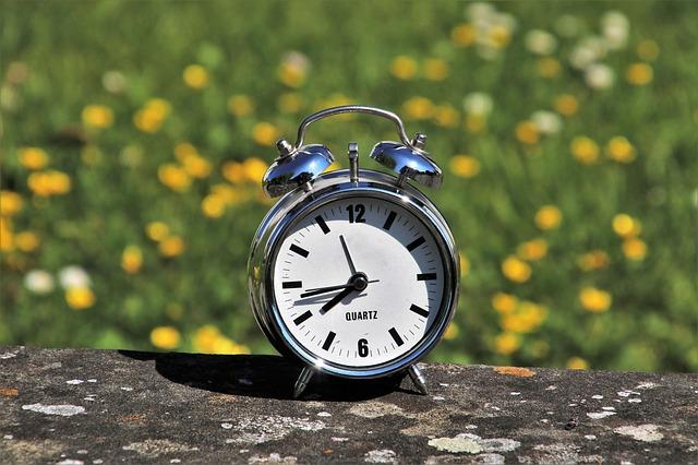 daylight-saving-time-3382879_640.jpg