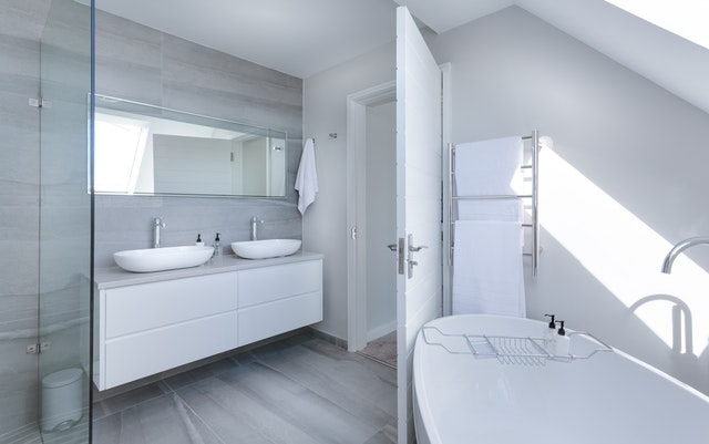 architecture-bathroom-bathtub-1454804.jpg
