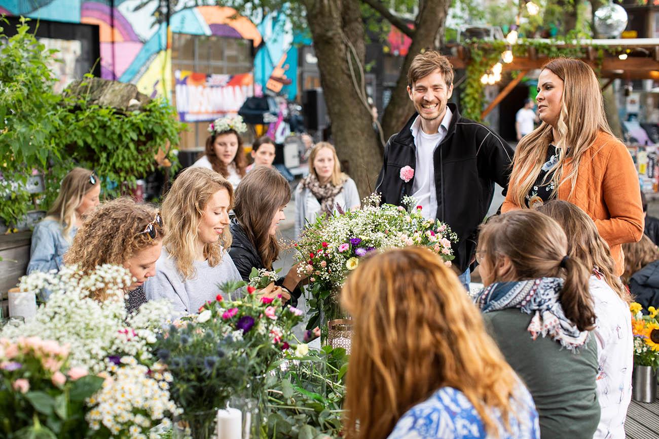 Blumenkranzworkshop_auf_deinem_event(2)_72dpi.jpg