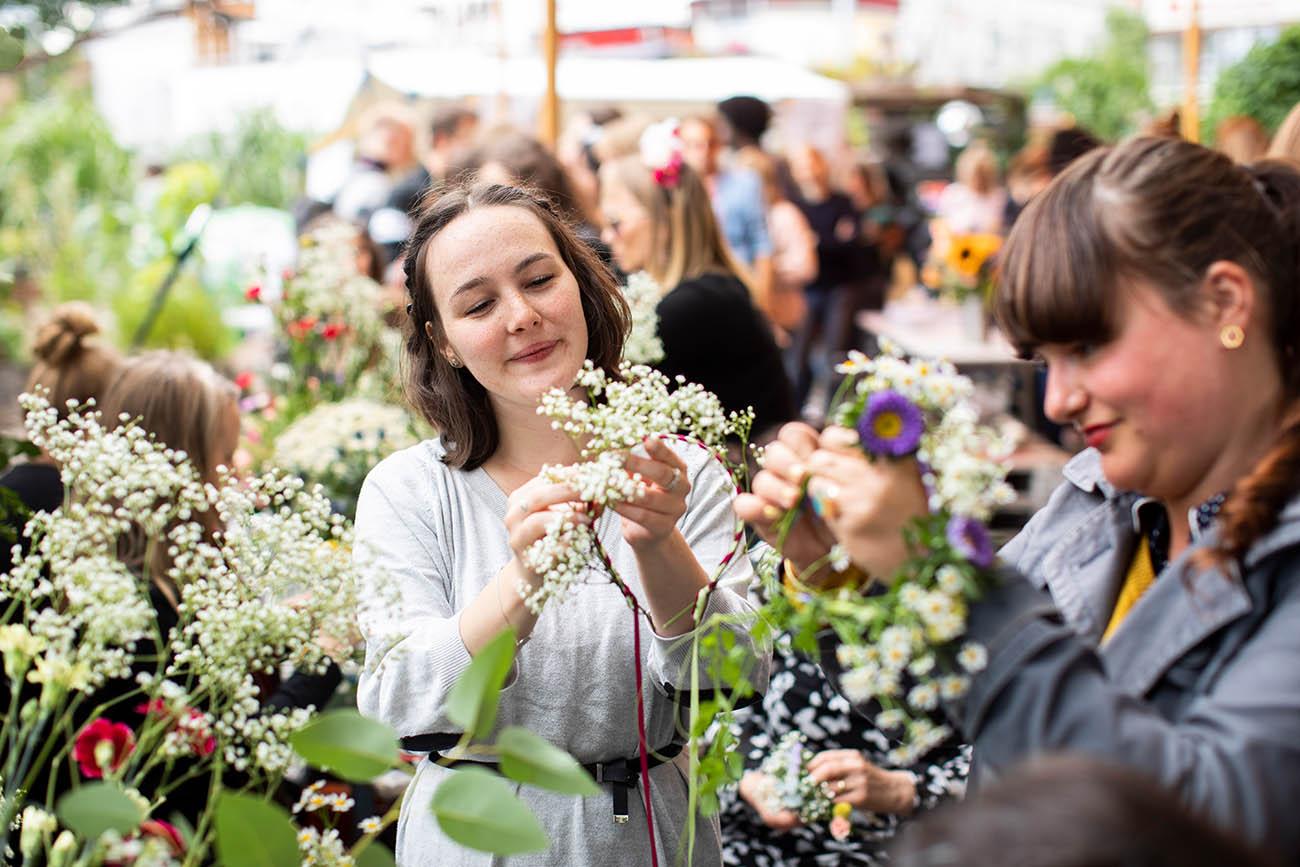 Blumenkranzworkshop_auf_deinem_event(4)_72dpi.jpg