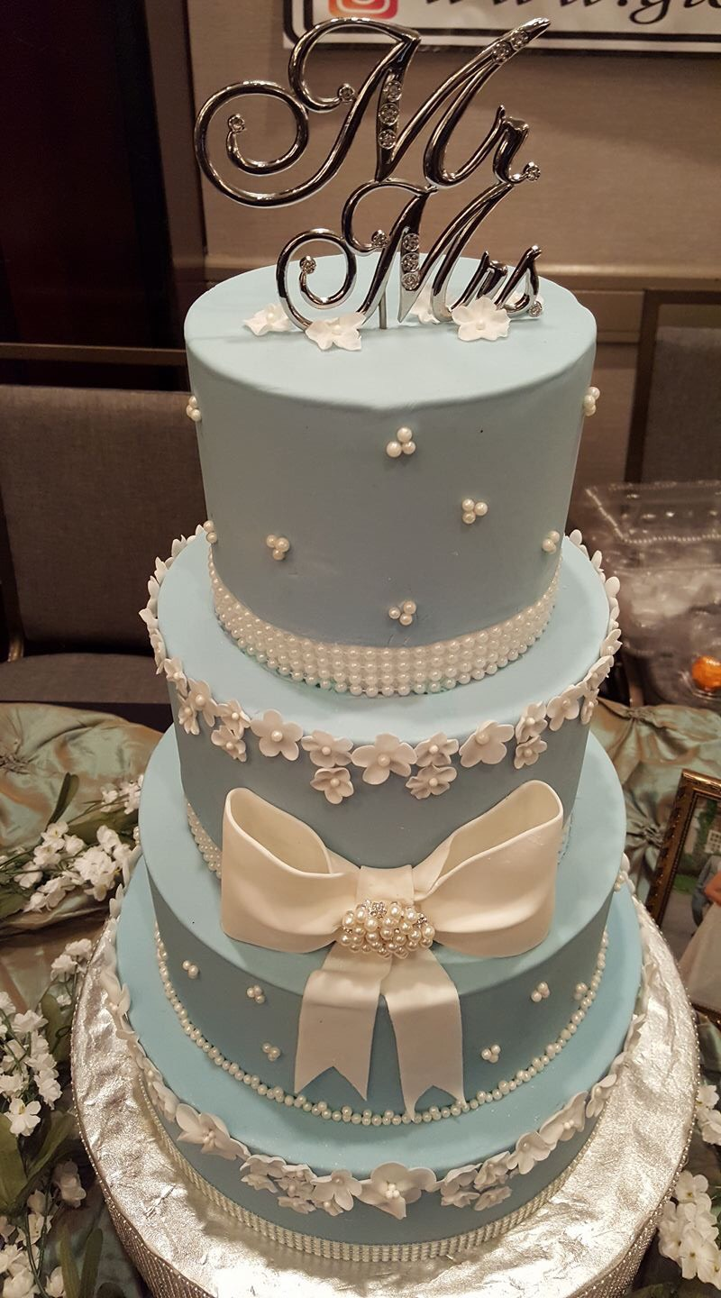Cakes for all occasions! - Bring us your ideas, we'll do the rest.