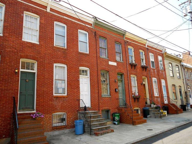 1280px-Douglass_Houses_Baltimore.jpg