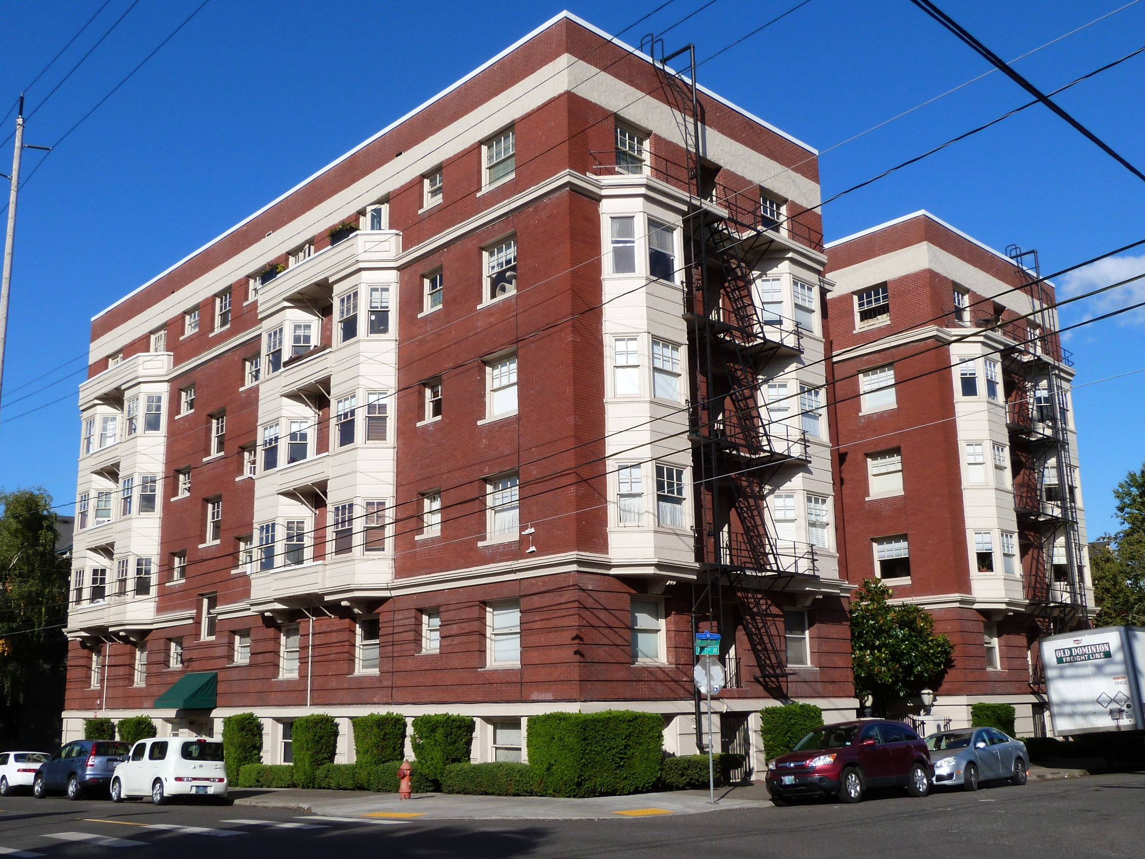 American_Apartment_Building_-_Portland_Oregon.jpg