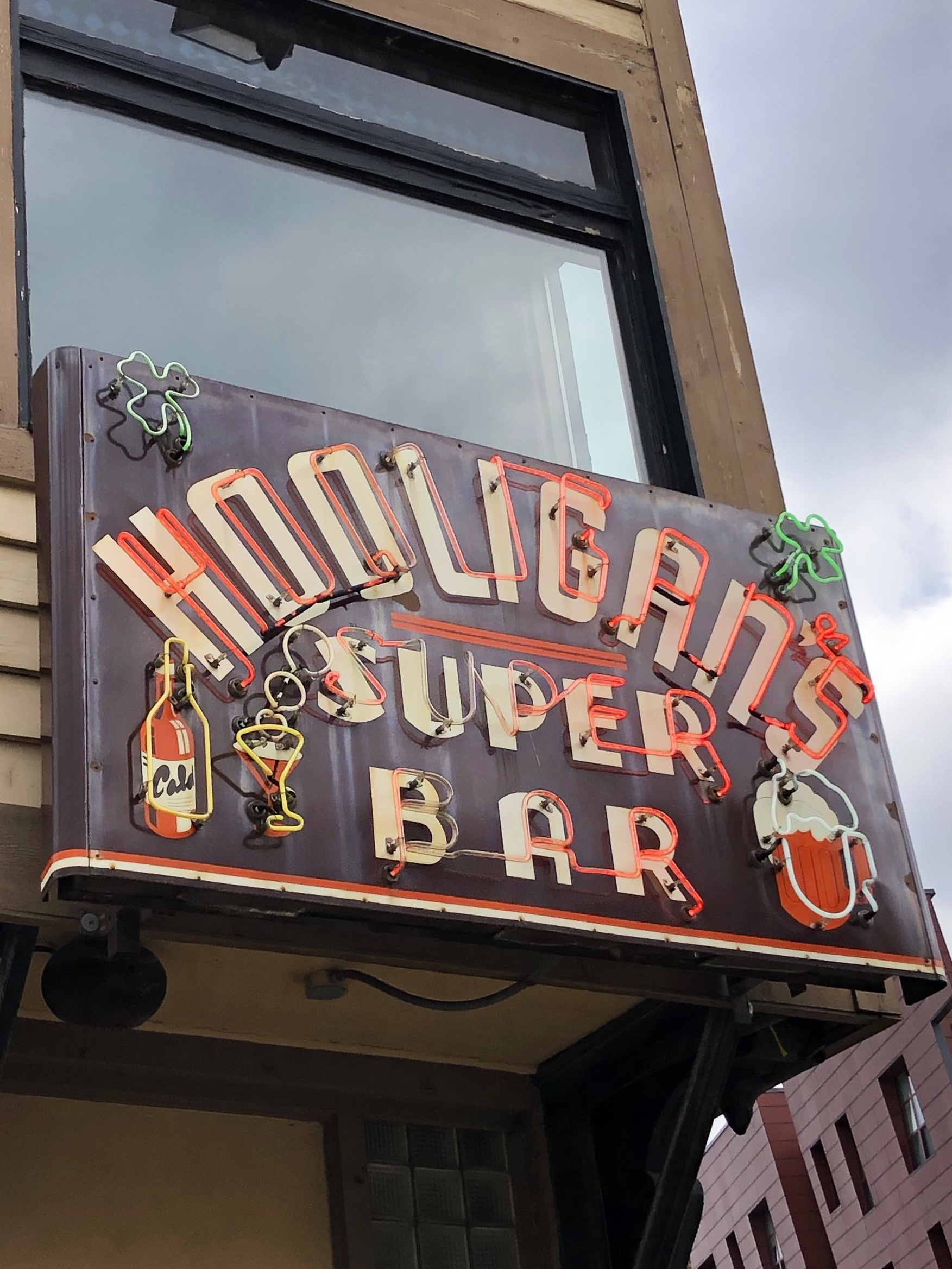 Our favorite Milwaukee Bar - Hooligan's. We've been visiting Hooligan's since the mid-80's.