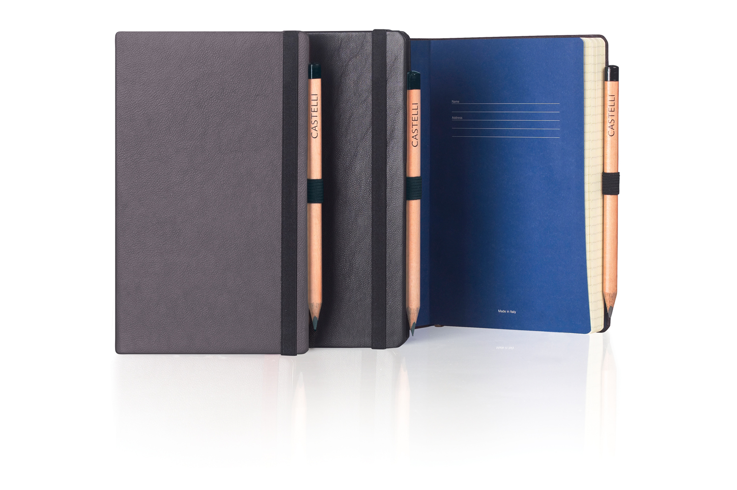 The Nappa notebooks have coloured end-papers for that finishing touch.
