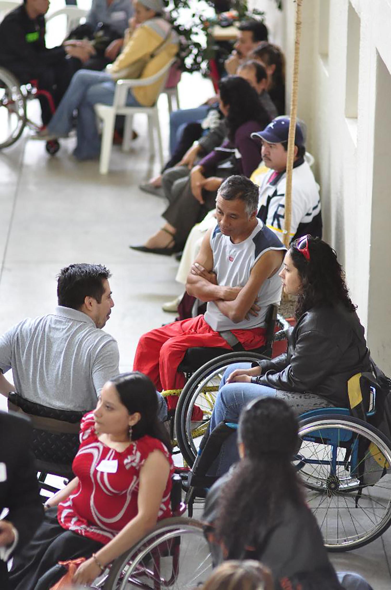 Entrega sillas 3 sep 2011 (1).jpg