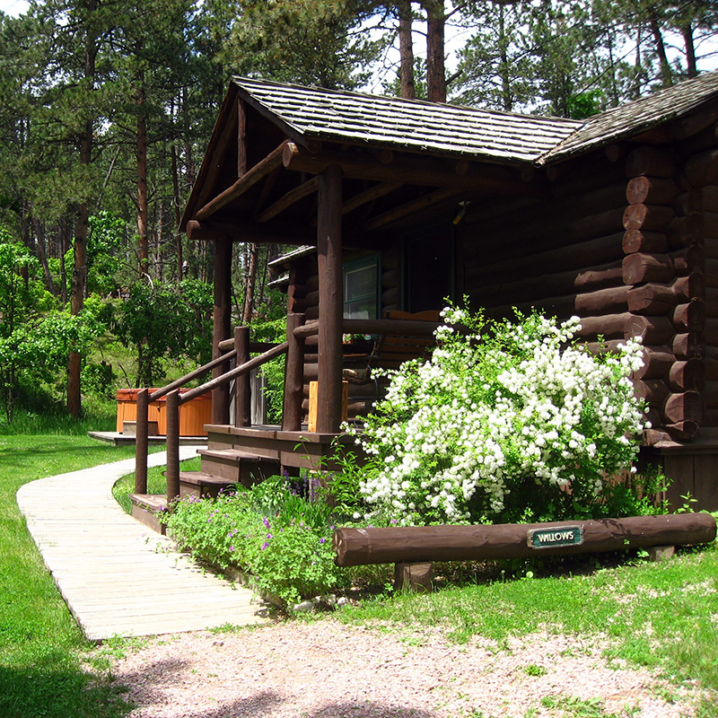 outside-willows-cabin-willow-springs-cabins-rapid-city-black-hills-south-dakota