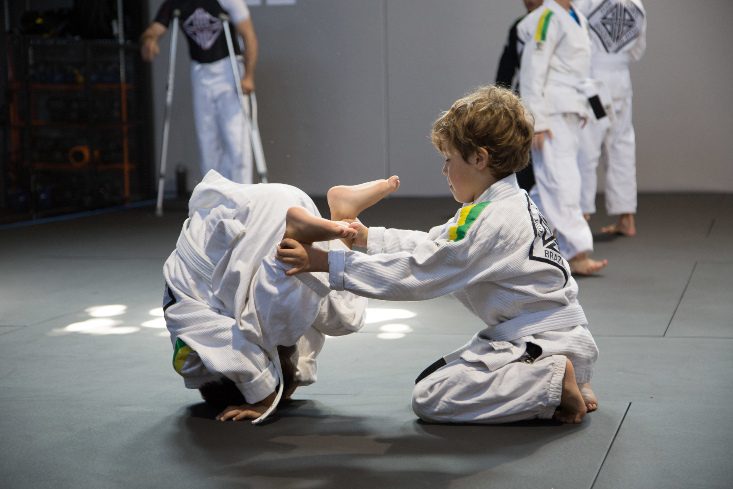 bjj-leader-friend-team-class-kids