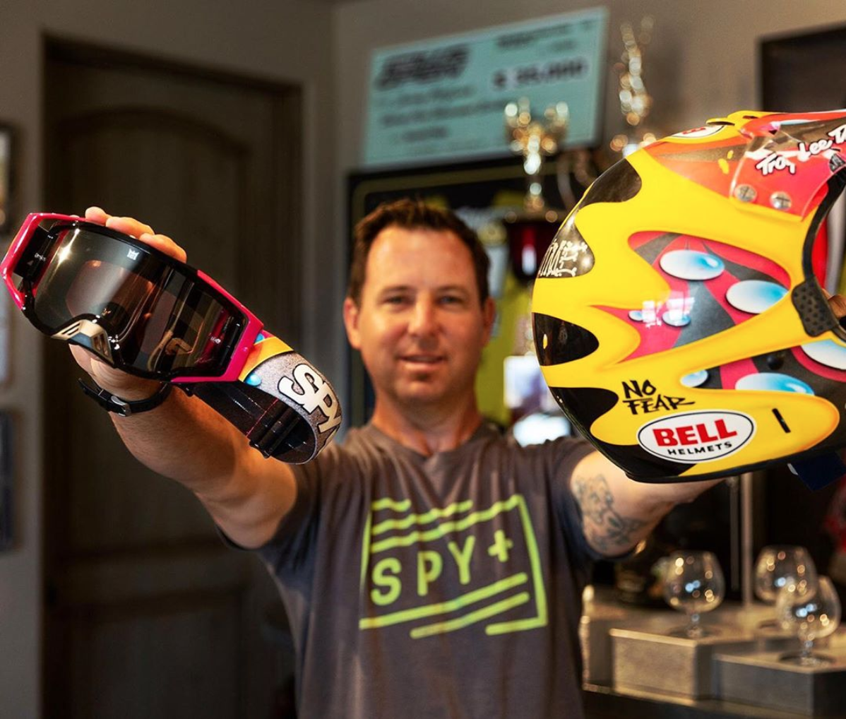 SPY Optics - 2% of net sales from the SPY X JEREMY MCGRATH X KAB collaboration MX goggle are donated to KAB!